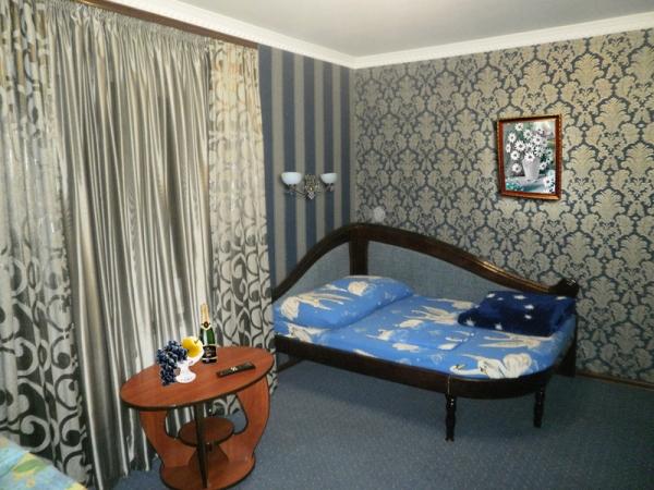 Семейный номер №5 (2 двухспальные кровати)